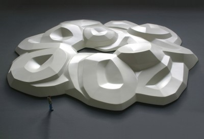 Gebogene Skulptur 2